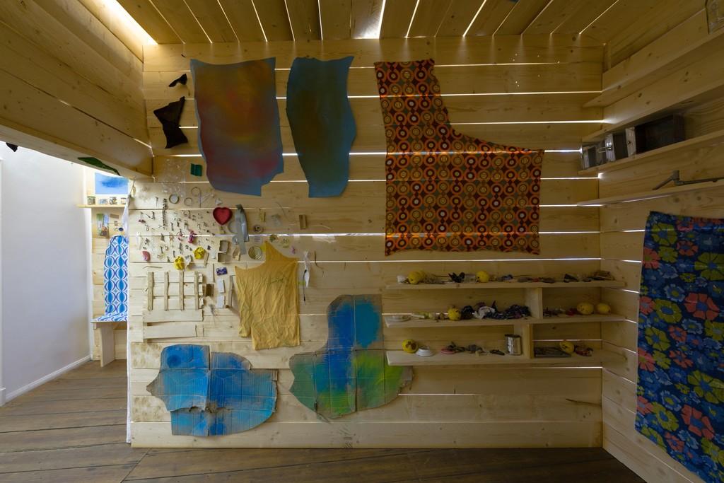 Erinnerungshaus Holzraum 2007-2014, various materials, wood, 310 x 470 x 500 cm