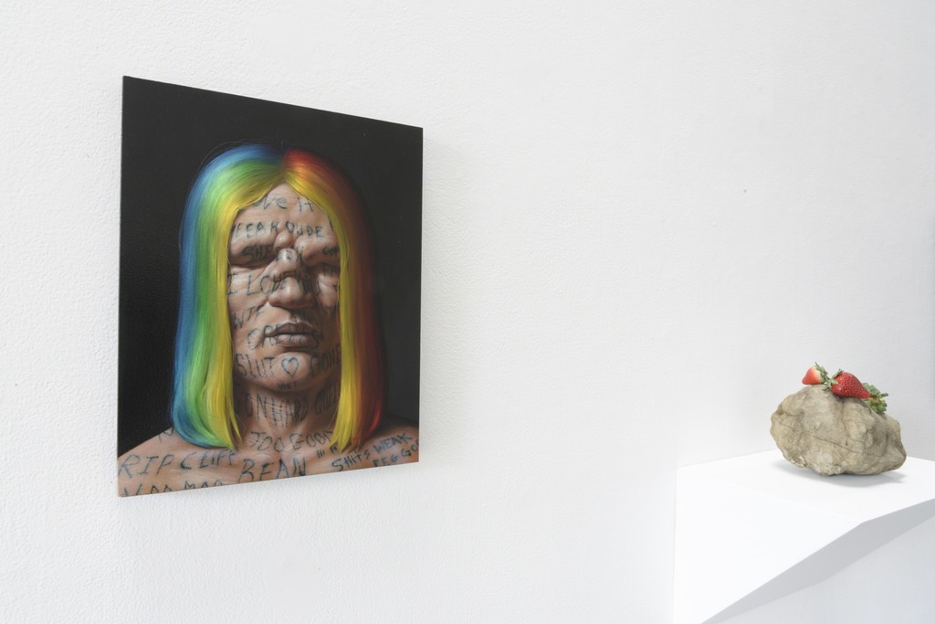 "Installation view: ""Beheaded"" (van Minnen, Matelli)"