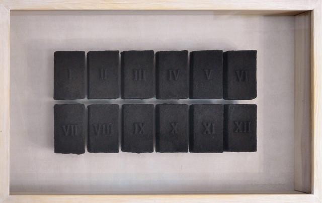 , 'XII numeros romanos,' 2009-2010, Honos Art