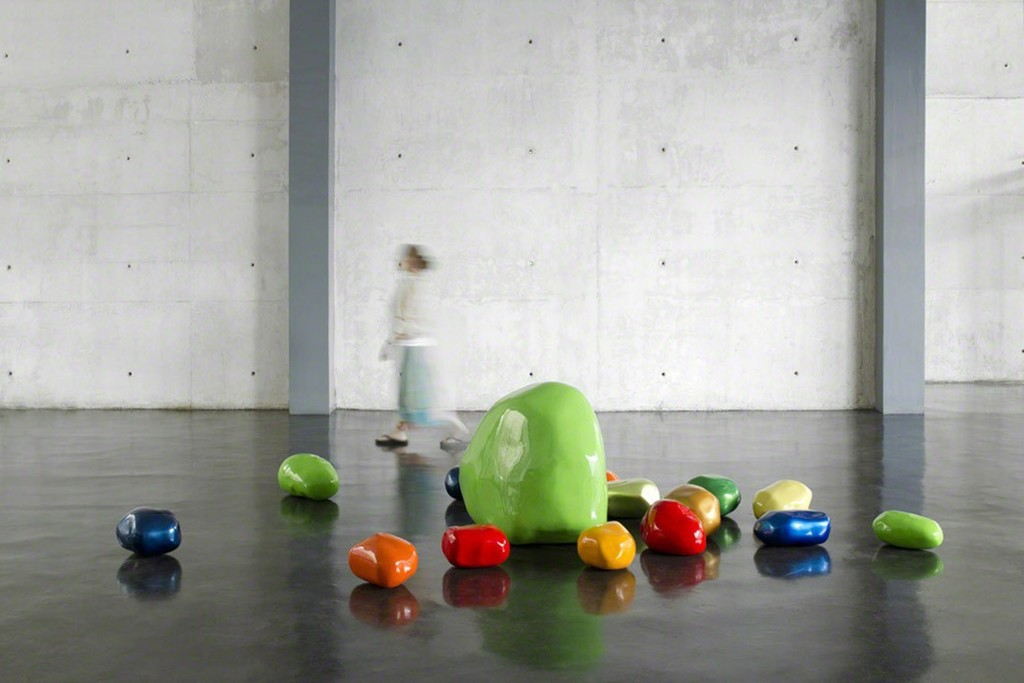 Mónica Escutia, Serie Piedras (Stones series), 2011, Resin, automotive paint, Dimensions variable.