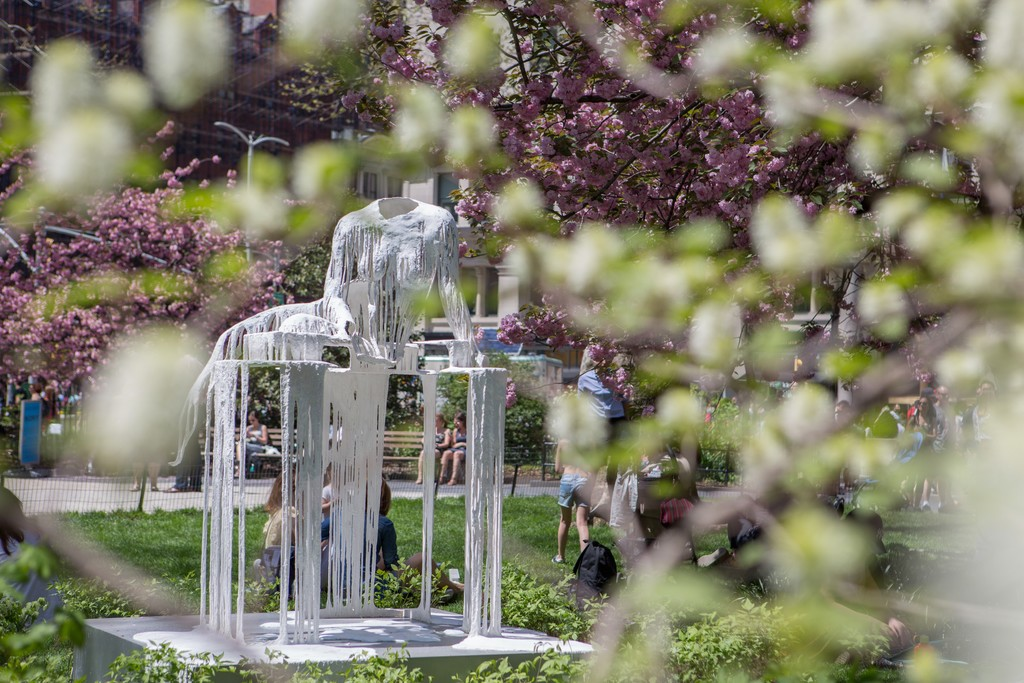 Diana Al-Hadid, Delirious Matter, 2018. Madison Square Park, New York. © Diana Al-Hadid, courtesy of the artist and Marianne Boesky Gallery, New York. Photo: Rashmi Gill