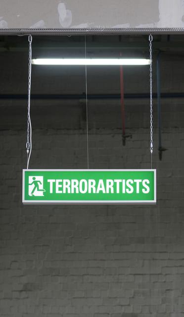 """, 'Leuchtkasten """"Terrorartists"""",' 2016, Ruttkowski;68"""