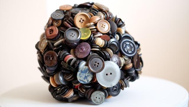 , 'Les boutons de tout le monde (2),' 2016, Galerie Geraldine Banier