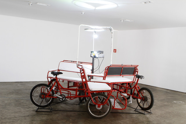 , 'Trabalho gira em torno,' 2009-2012, Baró Galeria