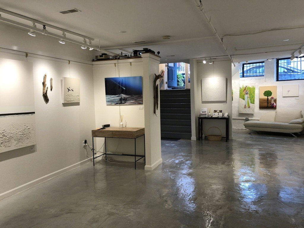 Gallery shots before the opening