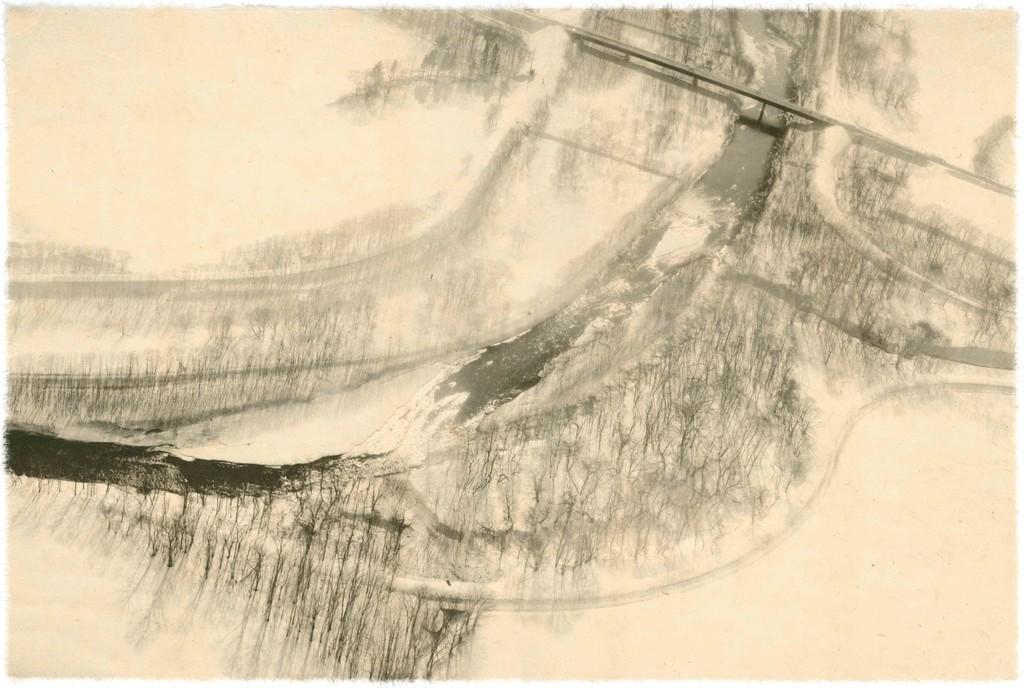 Season Lao,(劉 善恆) / Chitose, Hokkaido, Japan / 57.8 x 38.8cm  / giclee print on handmade paper / 2017 / Edition : 3