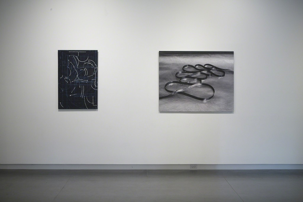 From left to right: notes on the poetics of relation #1 by Ronny Quevedo; Star Form 1-18 by Sharon Koelblinger. Photo by Rodrigo Valenzuela.
