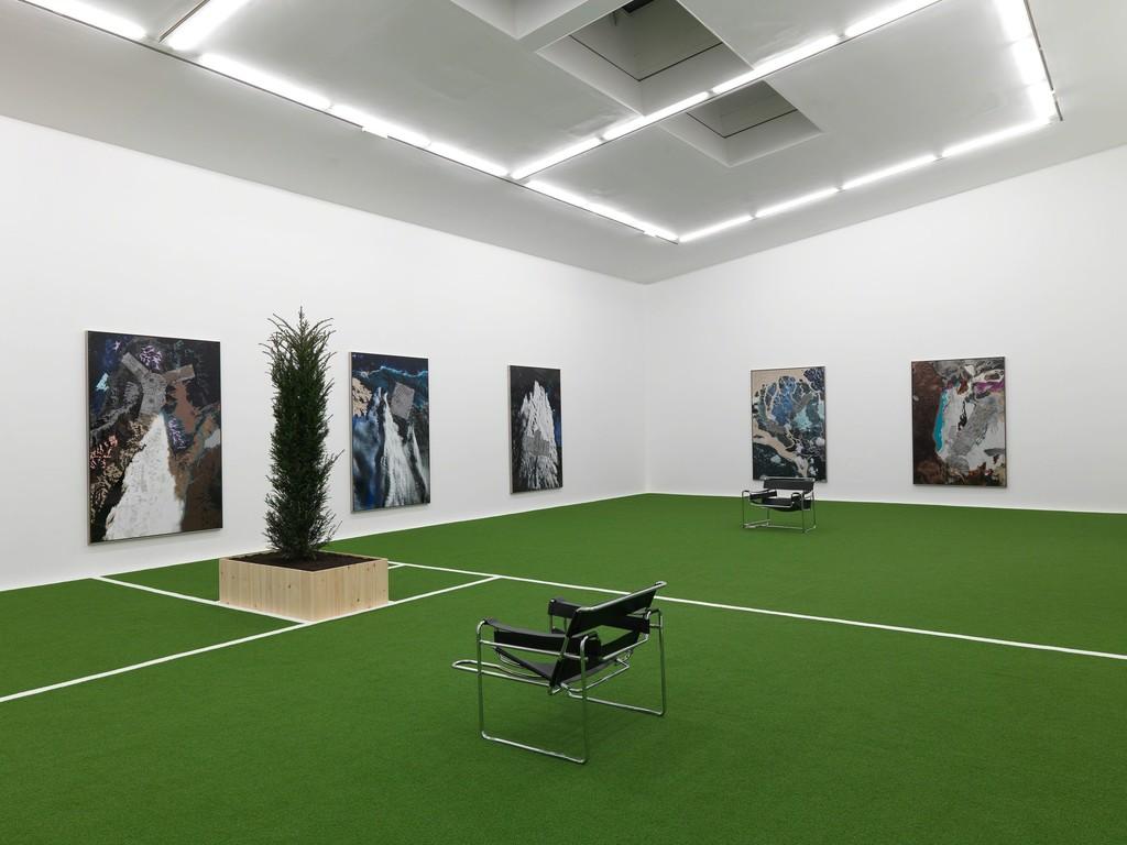 Installation view, Matthew Day Jackson, Pathetic Fallacy, Hauser & Wirth Somerset, 2019 © Matthew Day Jackson, Courtesy the artist and Hauser & Wirth, Photo: Ken Adlard