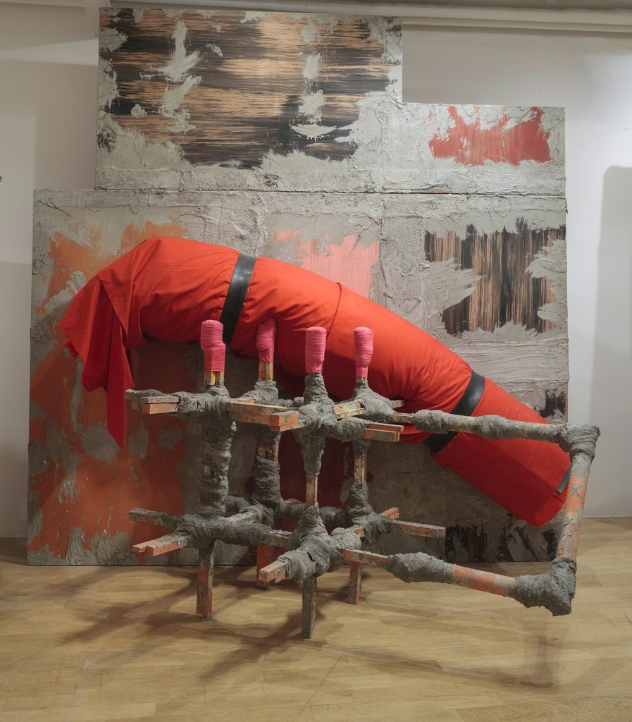 Phyllida Barlow, untitled: contraption, 2015