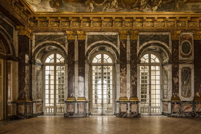 , 'The Curious Museum,' 2010, Château de Versailles