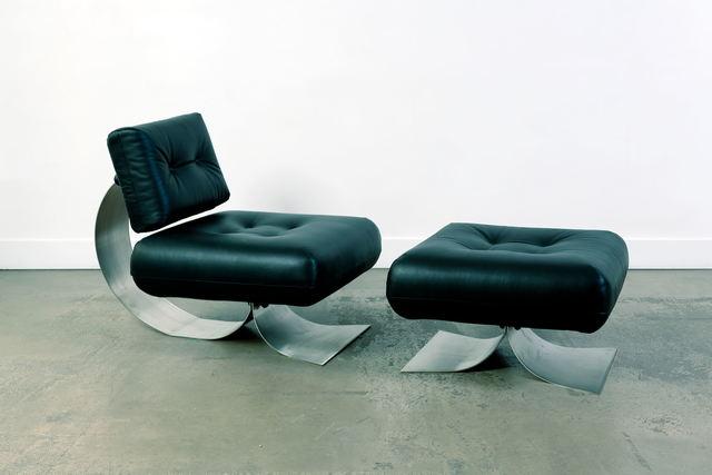 Oscar Niemeyer, 'Alta Fauteuil et ottoman', vers 1970, Design/Decorative Art, Steel, plastic and leather, Leclere