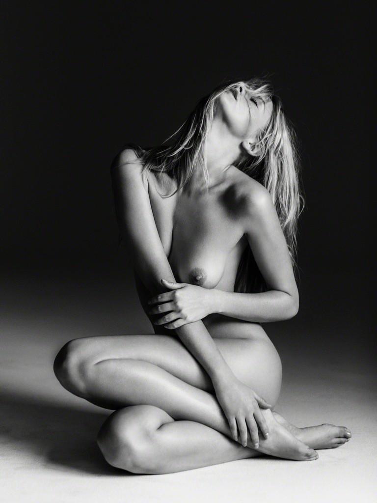 girls ass nude athlete
