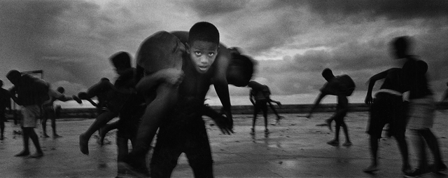 , 'Young wrestlers, Havana,' 2003, Sous Les Etoiles Gallery