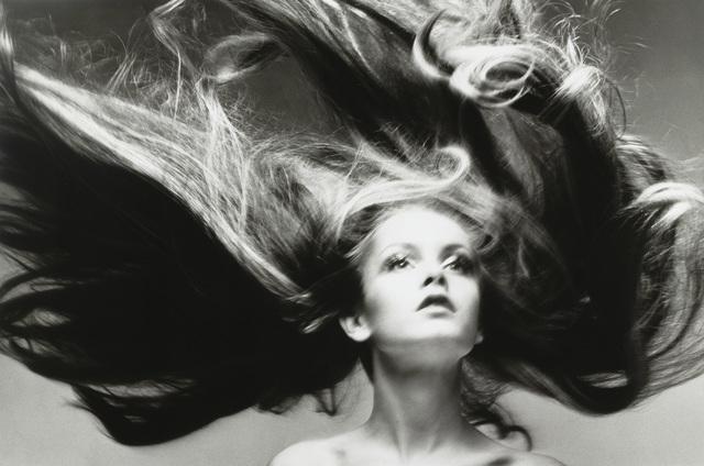, 'Twiggy, hair by Ara Gallant, Paris studio,' 1968, Pace/MacGill Gallery