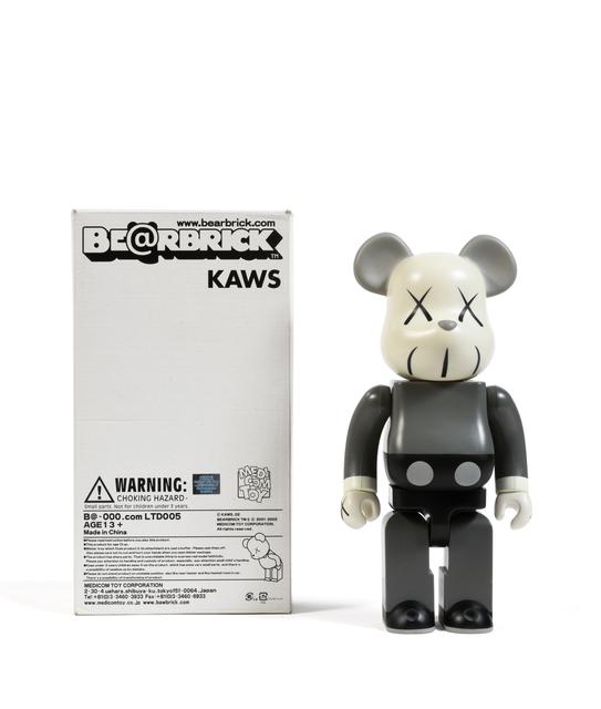 KAWS, 'Bearbrick 400% (Grey)', 2002, Sculpture, Painted cast vinyl, DIGARD AUCTION