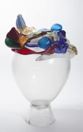 A ' Sogni infranti' series vase