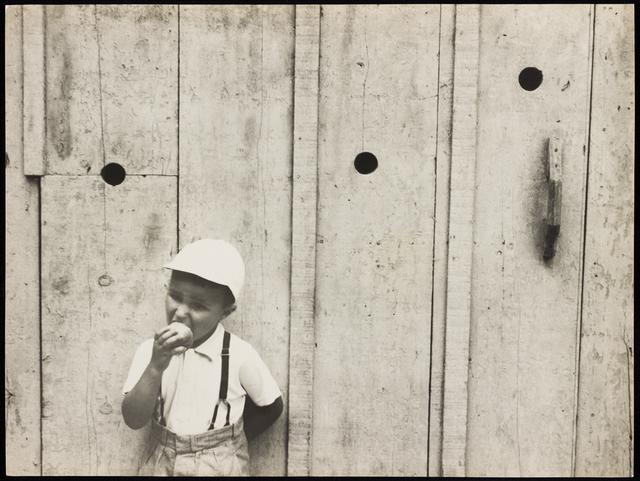 , 'Eating Apple, 1953,' vintage, Utópica