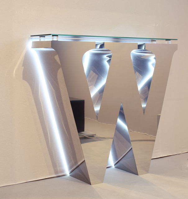 , 'W-console,' 2014, Priveekollektie Contemporary Art | Design