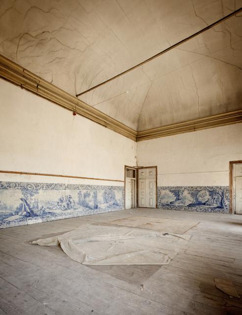 """Inês d'Orey, 'Da série """"Peso Morto"""", Palácio de Tancos', 2016, PRESENÇA"""