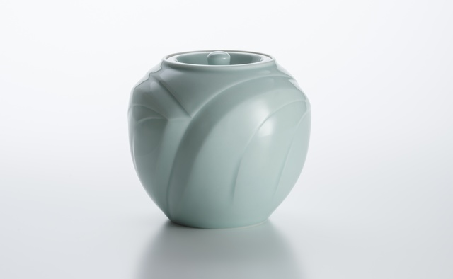 , 'Sculpted Celadon Porcelain Cold Water Container with Wave Pattern,' 2008, Onishi Gallery