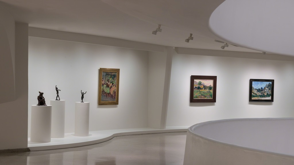"Installation view of  ""Visionaries: Creating a Modern Guggenheim"""