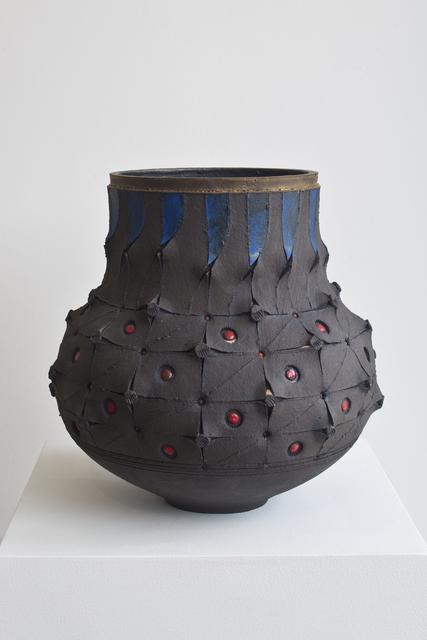 , 'Scarified honeycomb Udu vase,' 2016, 50 Golborne