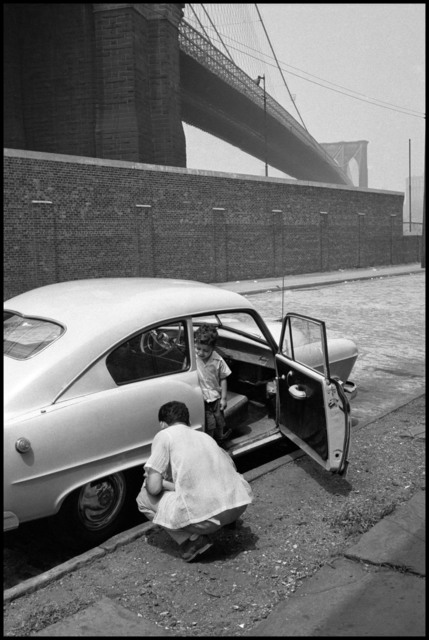 , 'Father and son on streets under the Brooklyn Bridge. New York City, USA.,' 1955, Magnum Photos