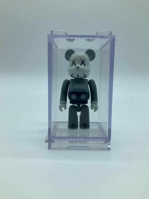 KAWS, 'KAWS 100% (Grey)', 2006, Sculpture, Painted cast vinyl, DIGARD AUCTION