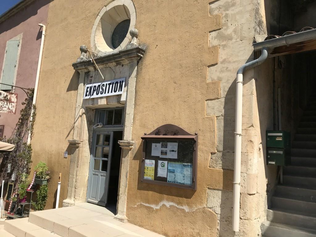Exhibition at Les Beaumettes, near Gordes, Provence