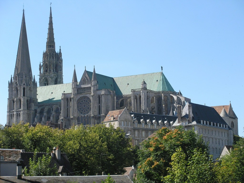 a history of the chartres cathedral of notre dame 16 cloitre notre dame, 28000, chartres, france  with its 1200 year history and  magnificent architecture this cathedral lives up to its.