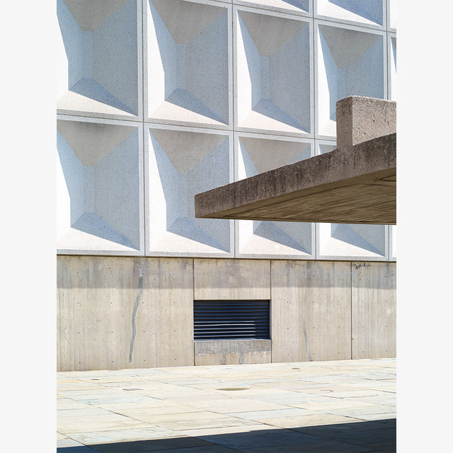 , 'Bronx Building ,' 2016, Tappan
