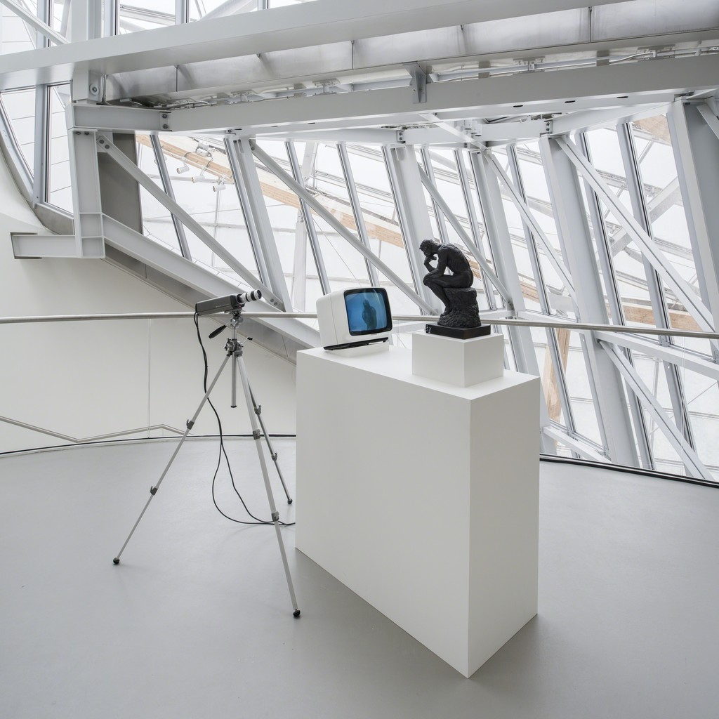 Nam June Paik - TV Rodin (Le Penseur) 1976-1978 Photo: Fondation Louis Vuitton, Marc Domage © The Estate of Nam June Paik
