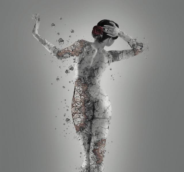 Erik Brede, 'Fragile – aka Hashtag MeToo', 2018, Photography, Unframed Pigment Print on Hahnemühle Fine Art Baryta, Maggio Art Consultancy