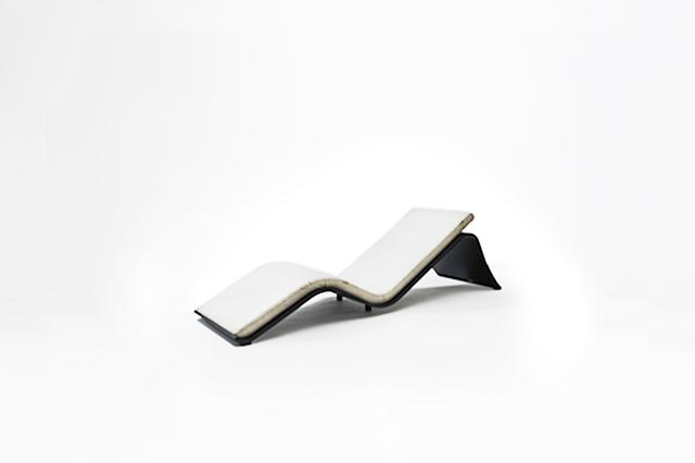 ", 'Pair of chaises longue model ""Espreguiçadeira Praiana"",' 1978, Side Gallery"