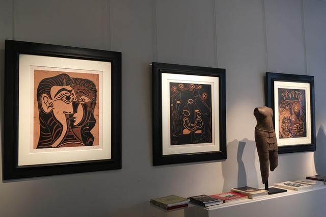 Pablo Picasso, 'Portrait de Jacqueline de Face I', 1963, Print, Linocut, Galerie Jean-François Cazeau