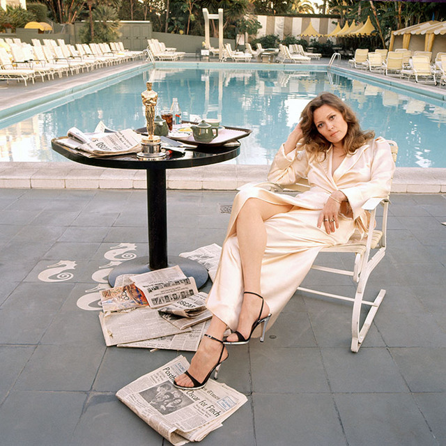 Terry O'Neill, 'Faye Dunaway at the Pool', 1977, Gallery 270