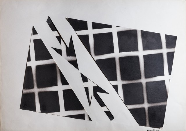 Franco Angeli, 'Untitle - Converging arrows', 1968, Drawing, Collage or other Work on Paper, Collage and spray varnish on card, Finarte