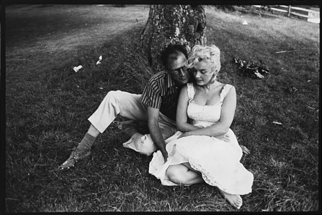 Sam Shaw, 'Arthur Miller e Marilyn Monroe', 1956 ca., Il Ponte
