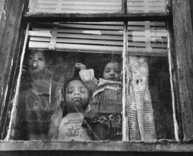 , 'Children at window, New York,' 1950, Galerie Mandarine