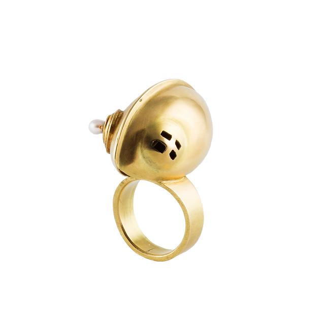 , 'Spina, ring,' , Caroline Van Hoek