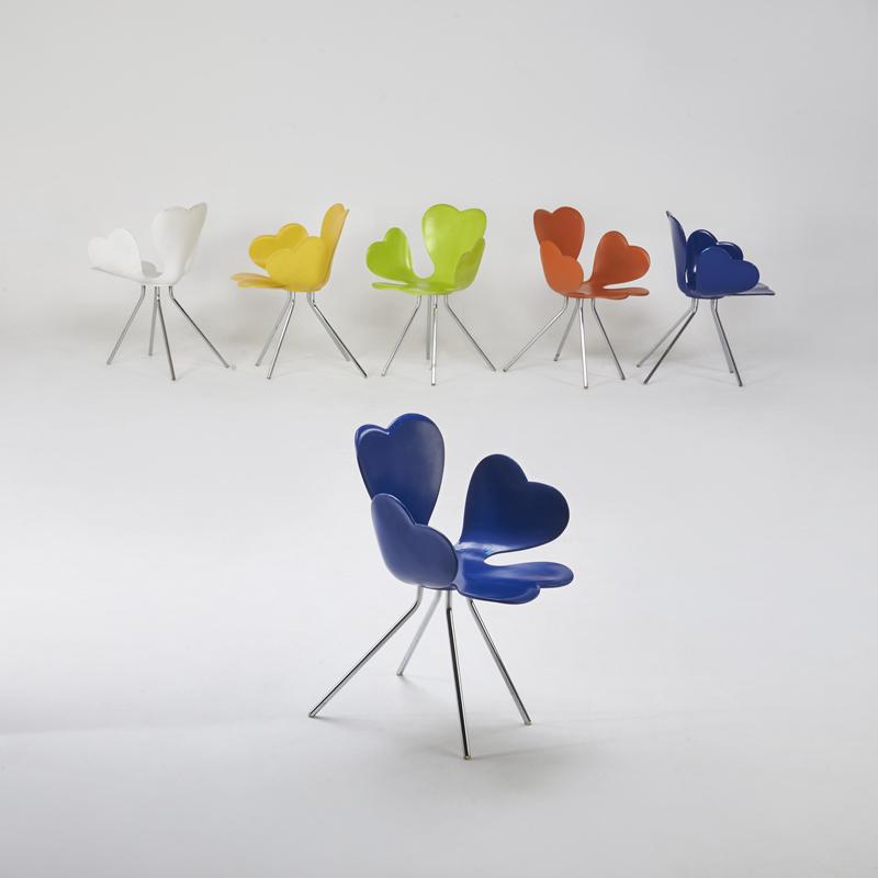 Egg Chair Roze.Https Www Artsy Net Artwork Geeta Dave Power Of Intuition Https