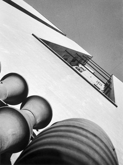 , 'Medianera con aire y luz,' 1931, Jorge Mara - La Ruche