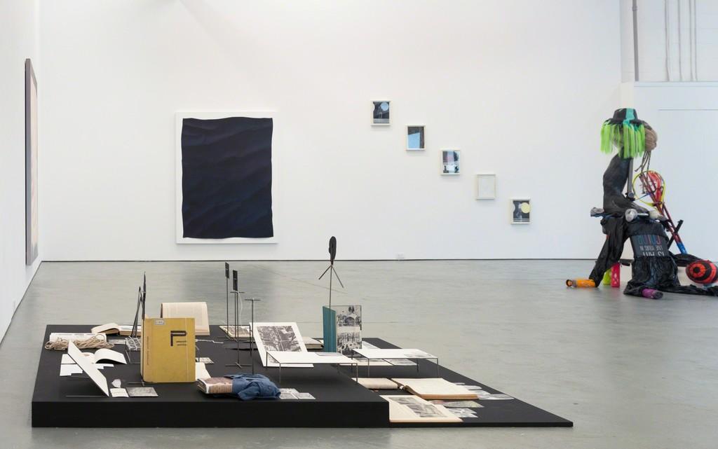 Festina lente, 2016, exhibition view, galerie antoine ertaskiran, Montreal (Canada), curator: Ji-Yoon Han, © Paul Litherland