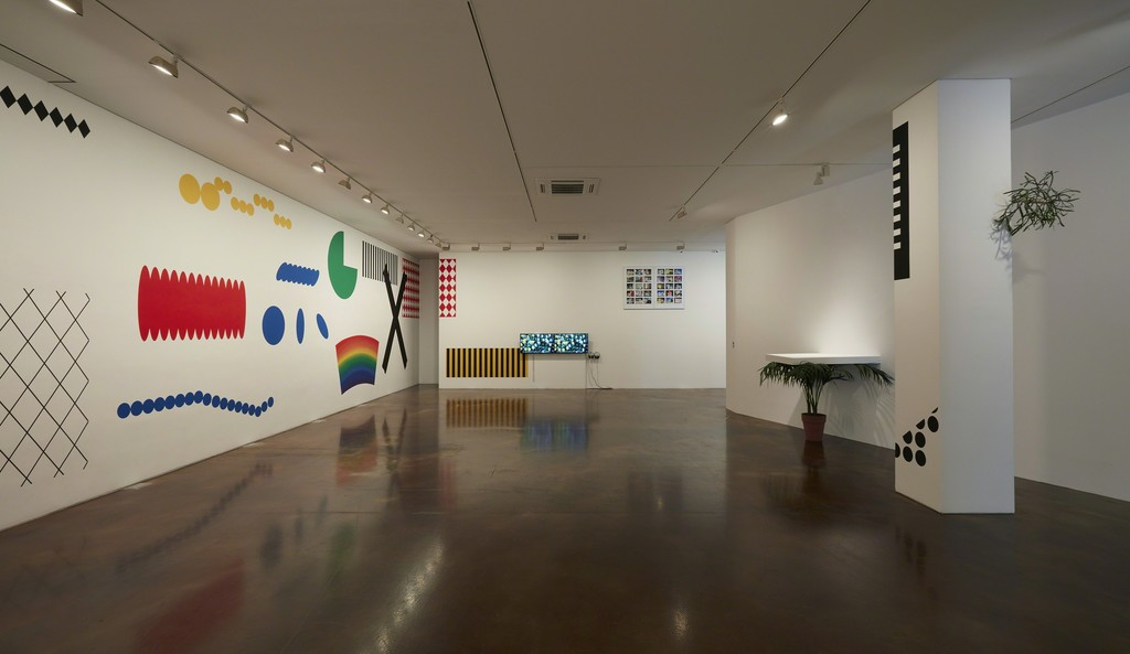 """wellknown unknown"" installation view, K2