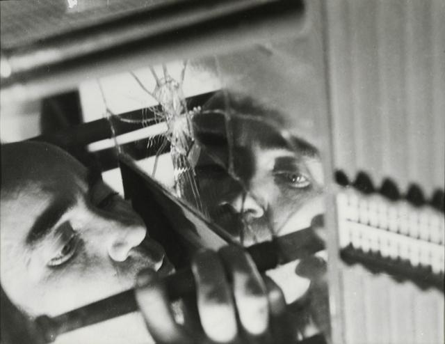 , 'José Horna elaborando la quaqueta de la casa de Edward James, Mexico,' 1960, Galerie Sophie Scheidecker