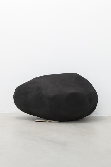 , 'Piedra de grafito,' 2014, Travesia Cuatro