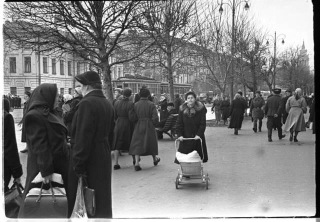 , ' Kyiv city street,' 1958, Izolyatsia