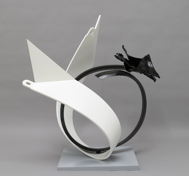 , 'Collar and Bow 1:16,' 2005, Pace Gallery