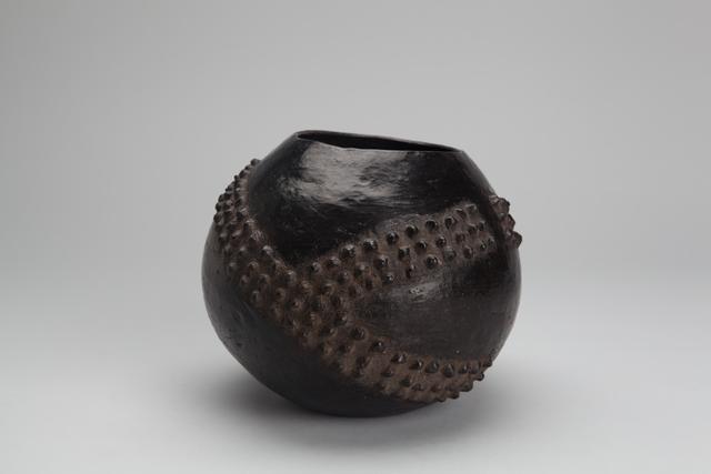 , 'Ukhamba, Zulu beerpot, amasumpa technique,' n/a, Pucker Gallery