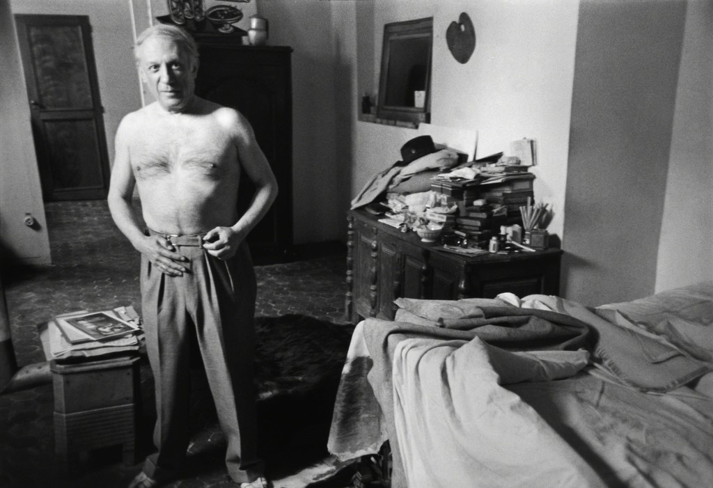 PICASSO AT HOME IN THE RUE DES GRANDS-AUGUSTINS, PARIS, 1944